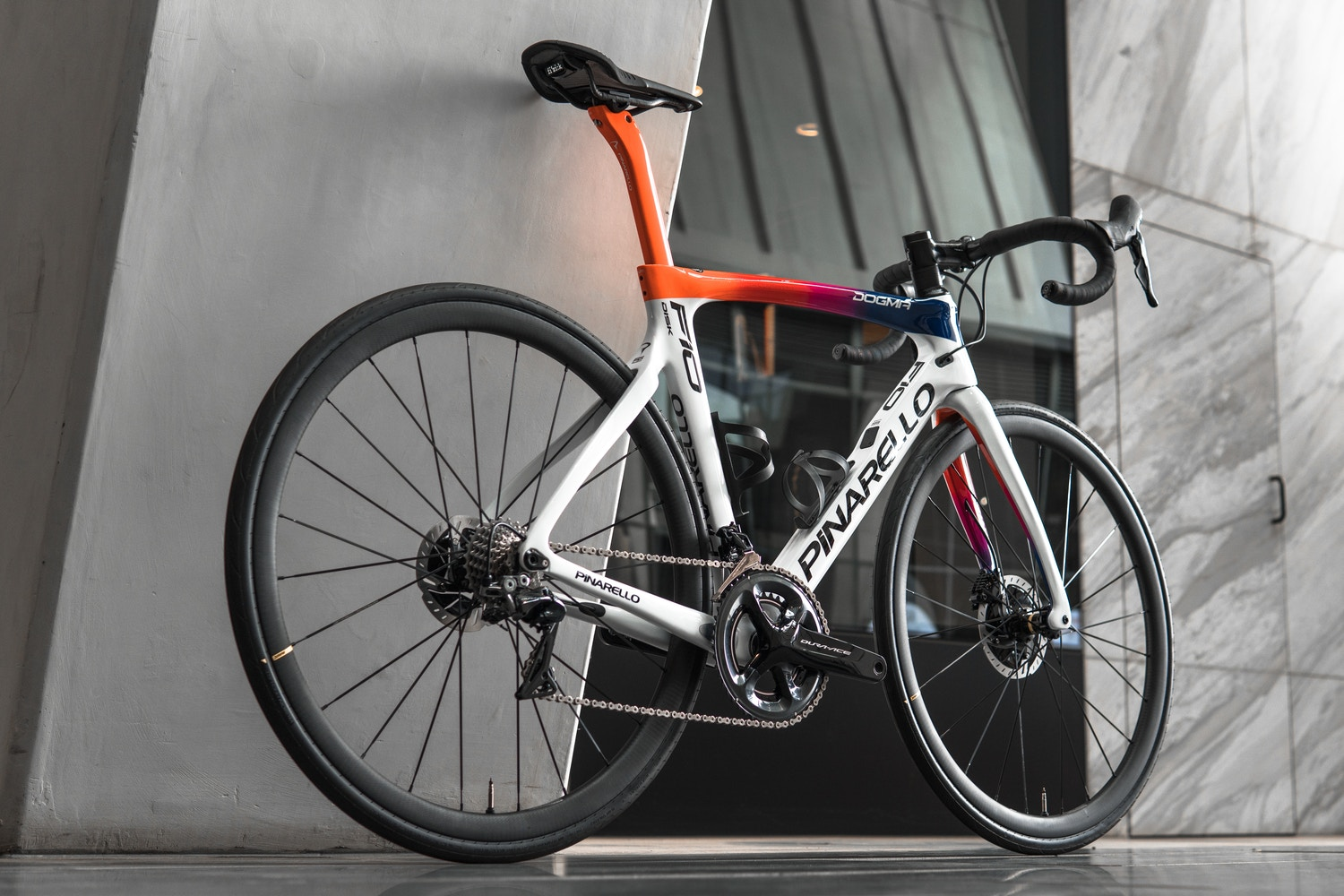 Pinarello F10 Dogma DisK Docklands Cycles