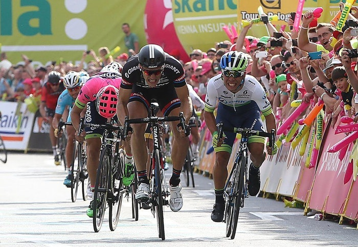 fullpage Caleb Ewan vs Kittel