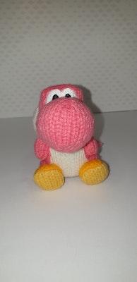 Yoshi's Woolly World Pink yoshi Amiibo