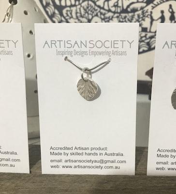 Sarah Munnings Jewellery Sterling silver tiny leaf pendant