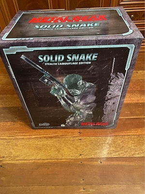 First 4 Figures Stealth Camouflage Solid Snake Figurine