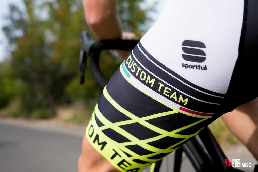 custom cycling clothing buyers guide sportful logo