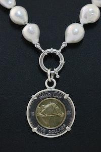Hitchley & Harrow P23 Phar Lap Coin Pendant