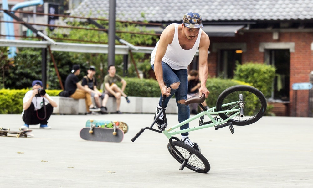 guide-to-buying-a-bmx-1-jpg