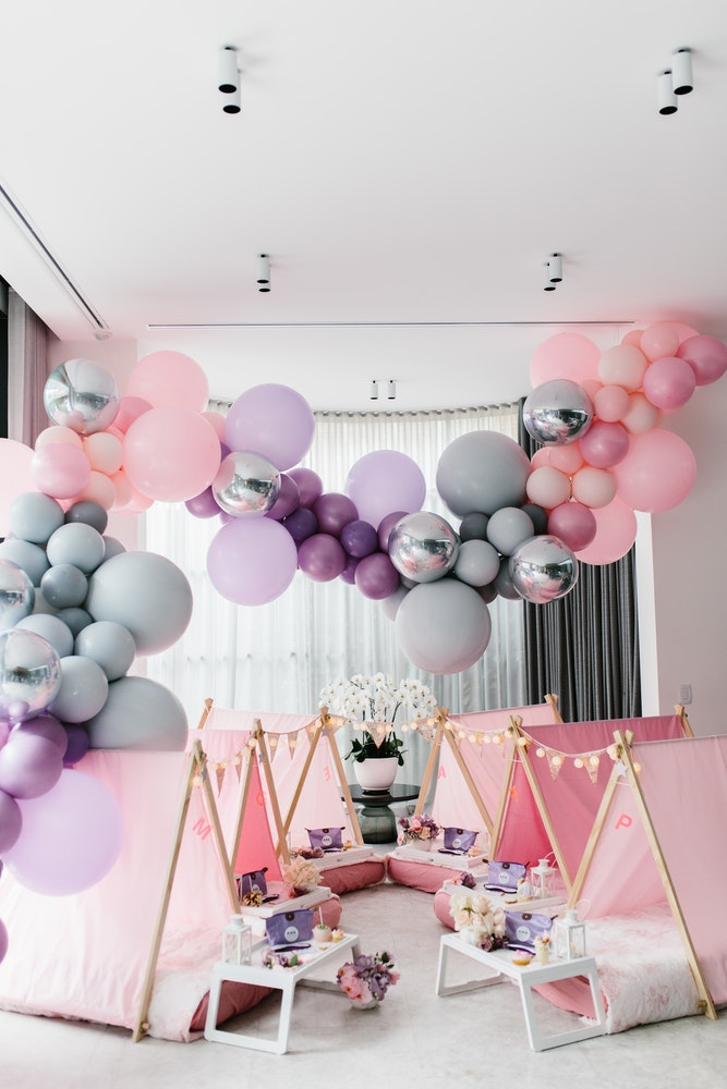 Boutique Balloons Balloon Installations Parties By Lenzo