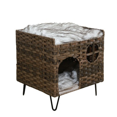 House of Pets Delight Rattan Weave Basket Hideout Bed