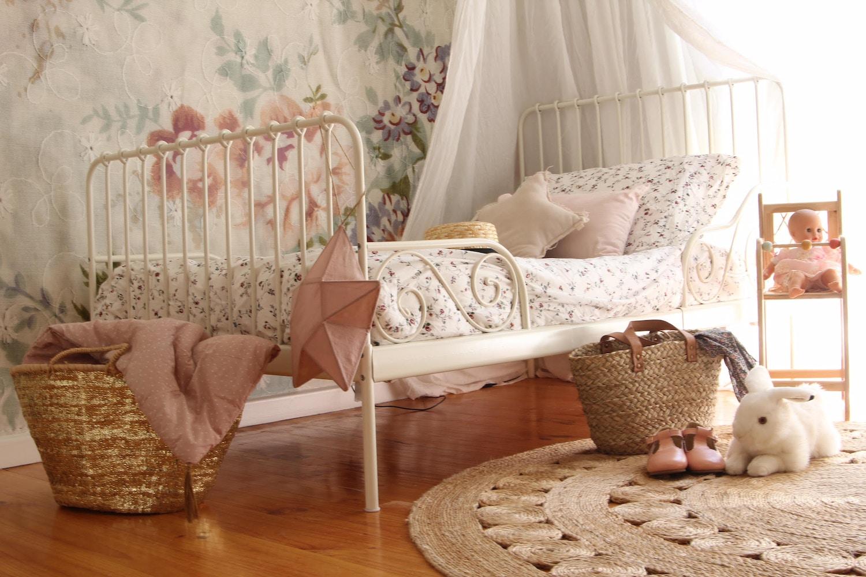 Paper & Lilies | Scarlett's Bedroom