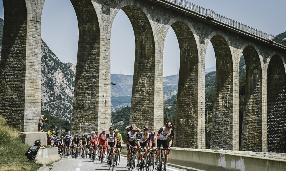 peloton-2021-stage-15-tour-de-france-jpg