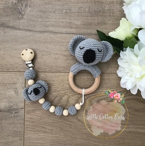 Teething Ring w/Matching Dummy Holder