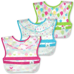 green sprouts Snap & Go Wipe-off Bibs (3pk)-Pink Cupcakes-9/18mo