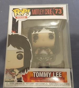 73 Motley Crue Tommy Lee