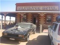 Mad Max calls at Silveton Pub NSW