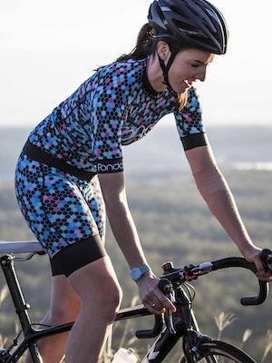 Fondo Women's Cycling Bibs l Honey