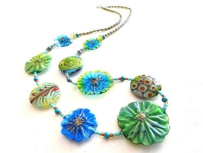 Beadoire Glass Lampwork Glass Necklace – 'Happy Hippie' 2020