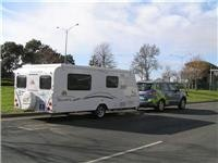 Hyundai Santa Fe R and GoSee Jayco Discovery  find Yarragon RV friendly 003