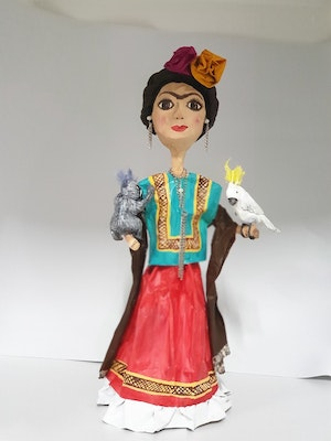 Liliz Lu Studio Beautiful paper doll with recycled materials that represents the admirable painter Frida Kahlo Australian fauna full of color and culture