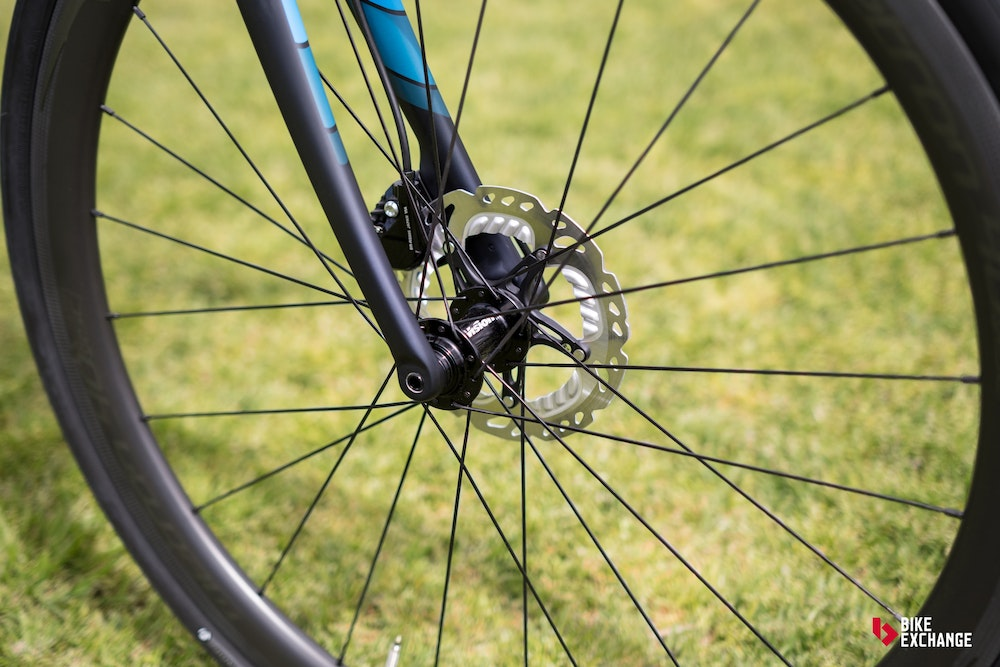 trek domane sl 5 disc 2017 review disc brakes