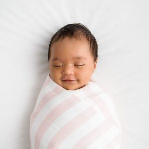 On Chic Baby Clothes Love & Lee Bamboo Baby Blanket - Pink