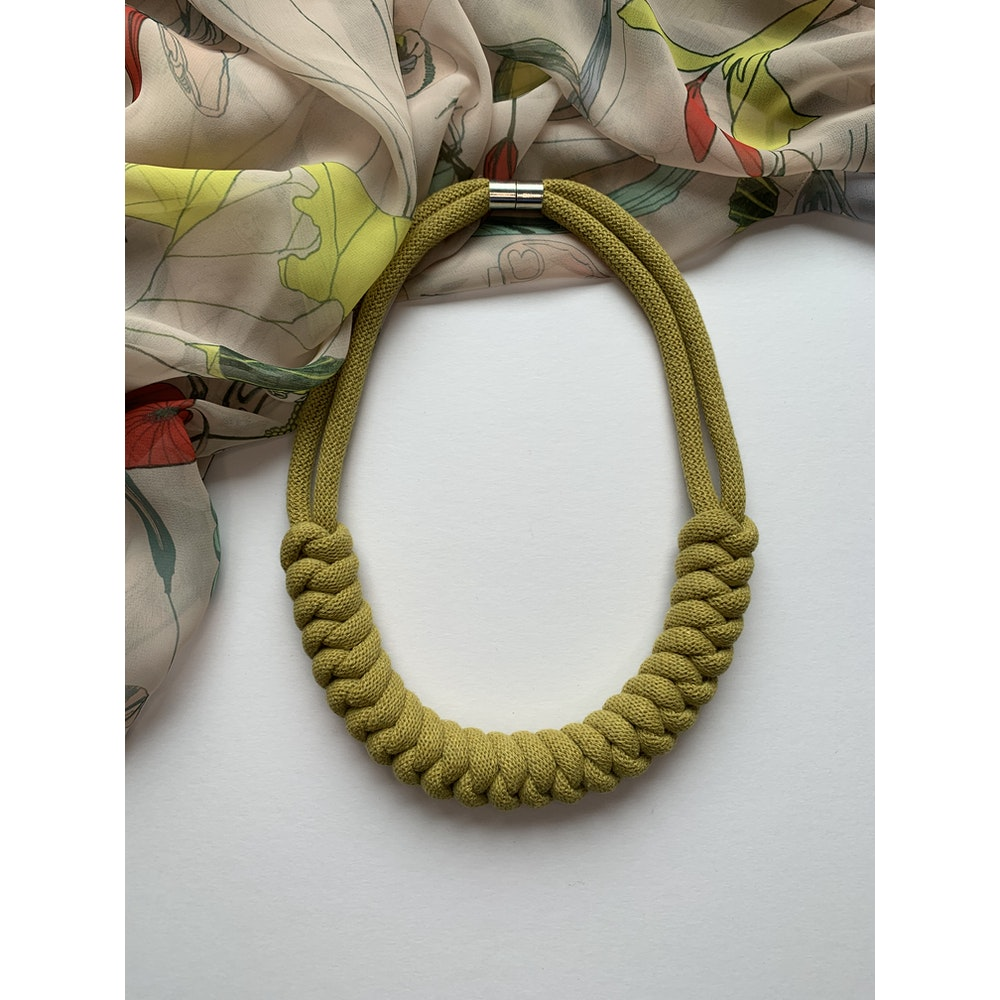 Form Norfolk Snake Knot Necklace In Avocado Green