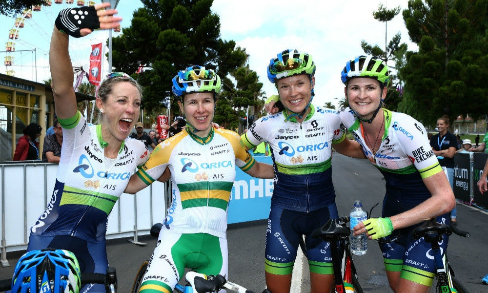 Orica-AIS Cap Off the Perfect Season