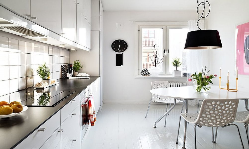 Style Stealer, White Kitchen & Dining
