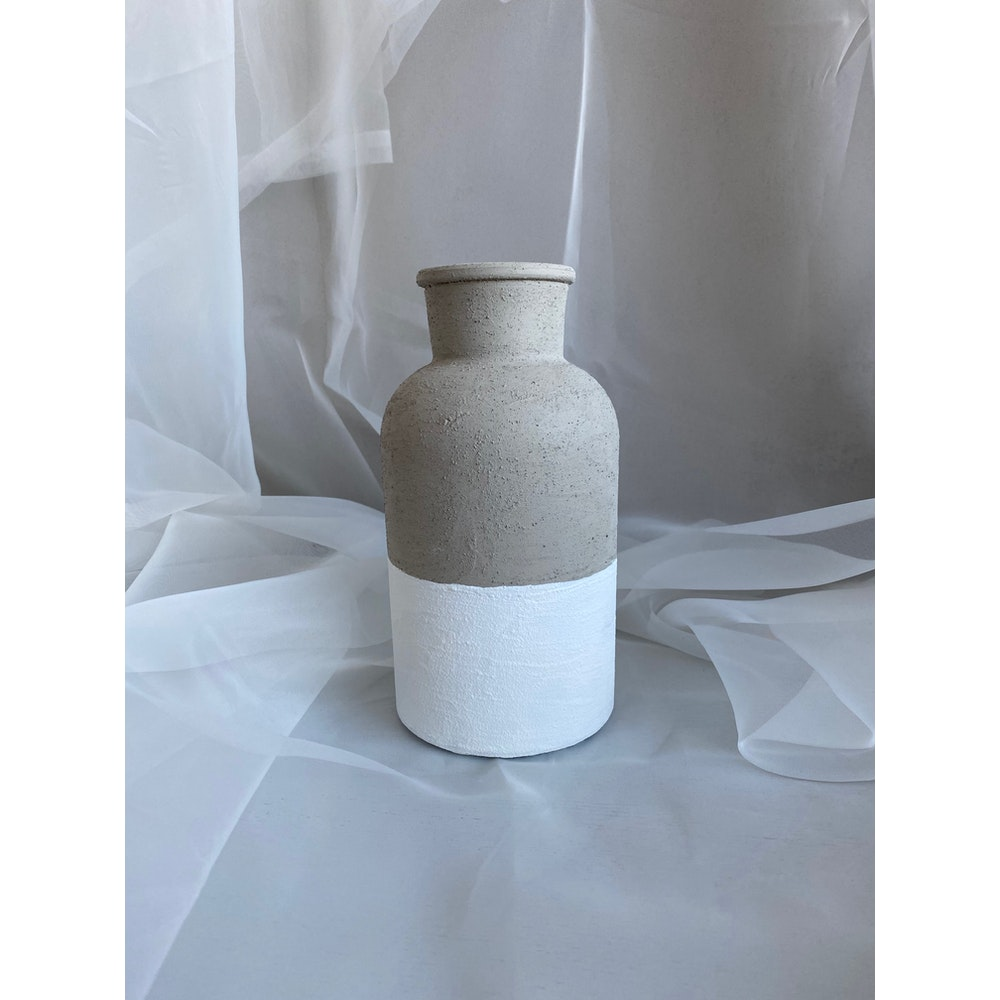 Sixteen Luxe Handpainted Textured 20cm Textured Stone Vase With White Bottom