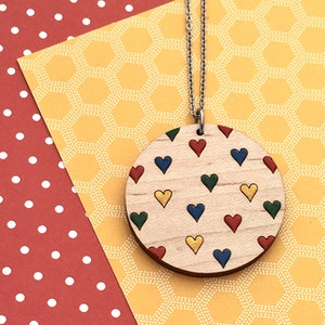 Everyday Confetti Round Necklace - Hearts