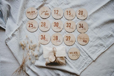 Pregnancy Wooden Milestone Discs - Classic