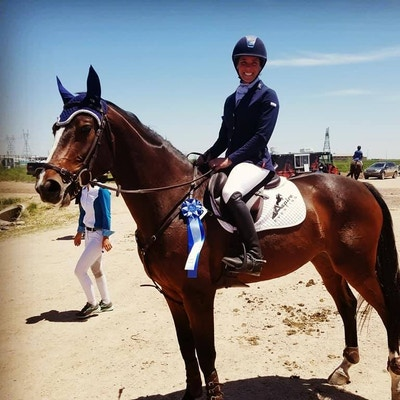 Aspire Eventing: Staying Sharp in California Custom Bonnets!
