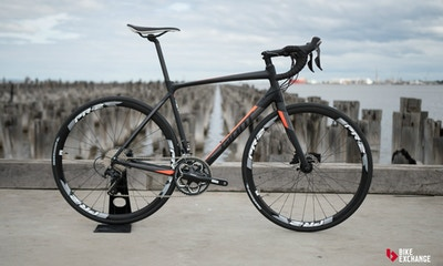 Giant Contend SL 1 Disc 2017 Road Bike Review