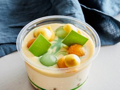 Coconut, Passionfruit, Ginger & Mint Party Pot - serves 2