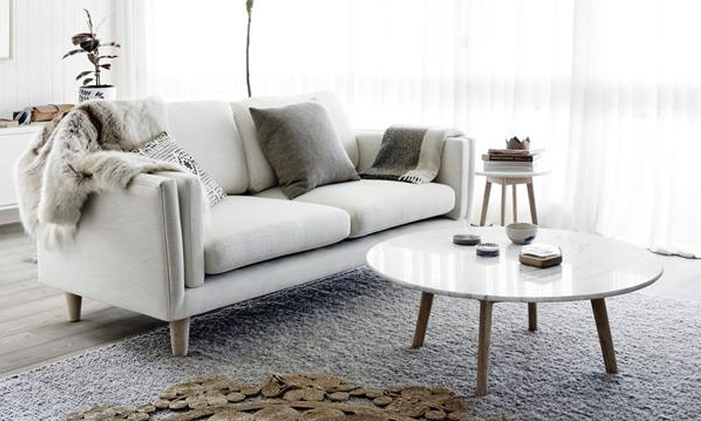 6 Clever Ways to Decorate a Small Living Room
