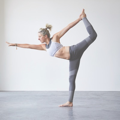 Winter Yoga: Top 5 Exercises to Do at Home