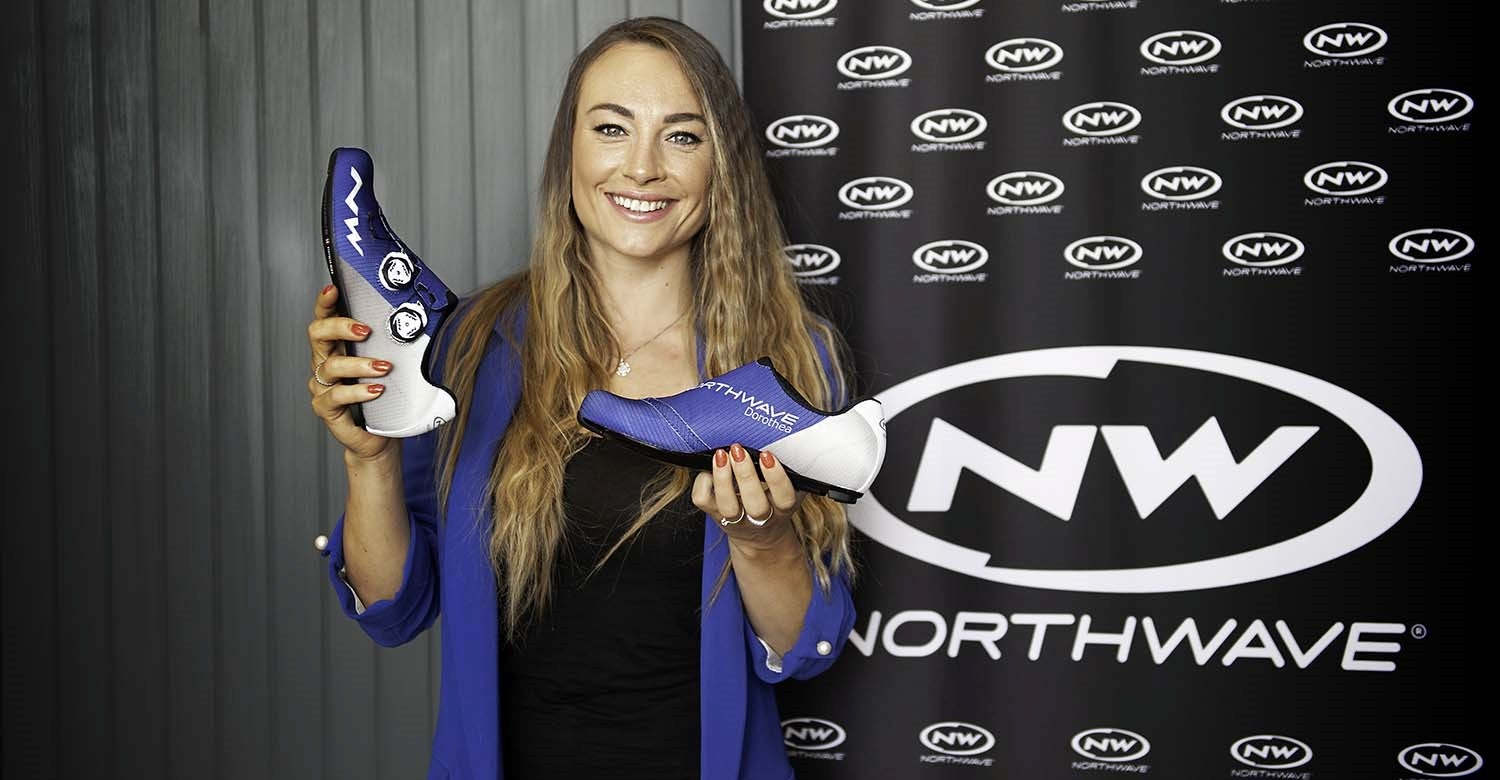 THE NORTHWAVE LAB CREATES A CUSTOMIZED EXTREME GT2 FOR DOROTHEA WIERER