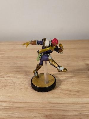 Captain Falcon Amiibo Smash Bros