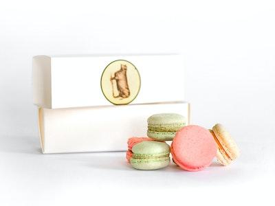 Macaron gift box ( 6 )