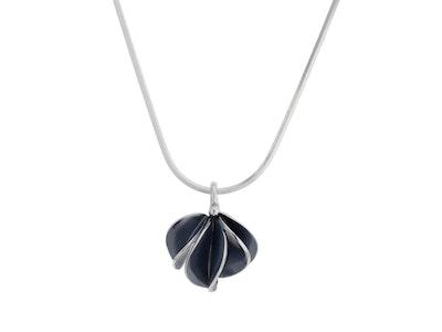 Small oxidised Leafbud pendant