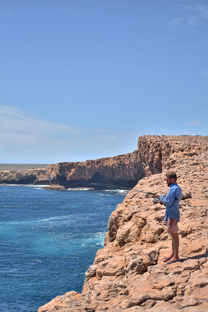 dirk-hartog-island-cliff-fishing-jpg