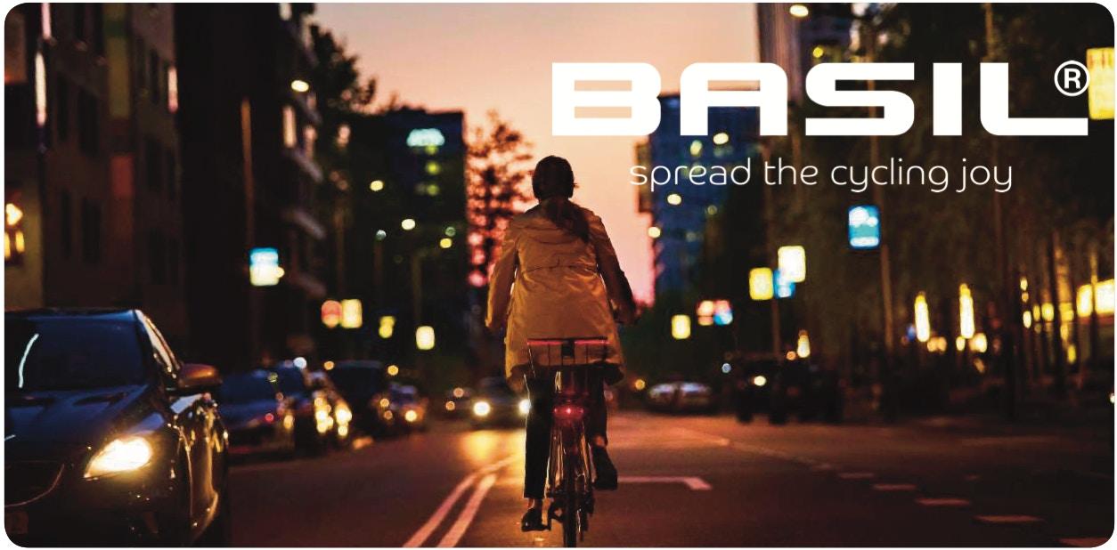 Basil - Brave winter by bike