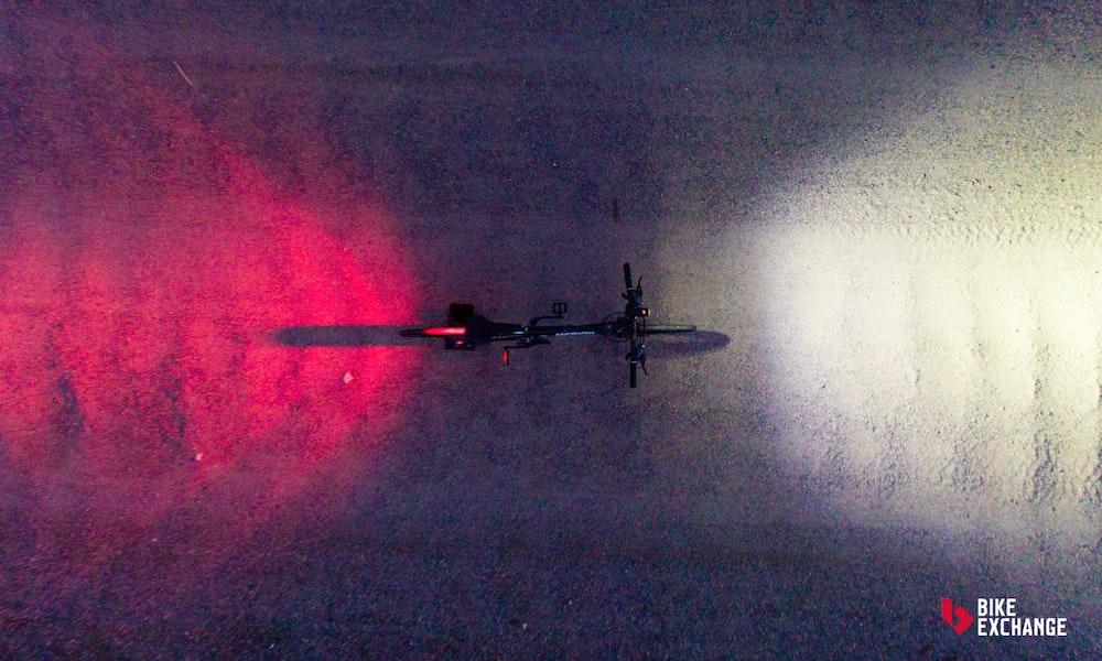rennrad-zubehoer-beleuchtung-jpg