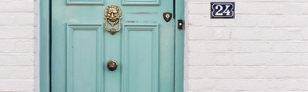 green-door-zoomed-jpg