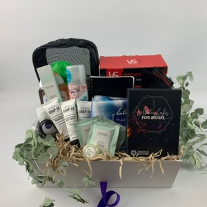 Positive Legacies Pregnancy Gift Box (Diamond)