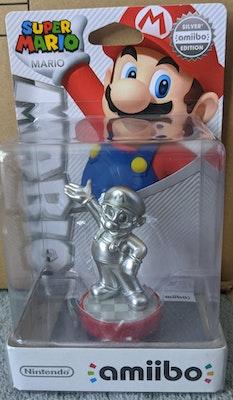 Super Mario Party - Silver Mario Amiibo