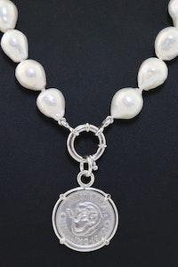 NA P8 Shilling Coin Pendant