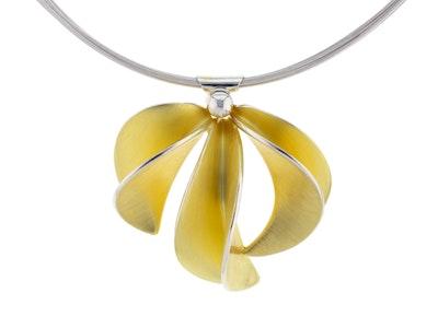 Large gold Leafbud necklace