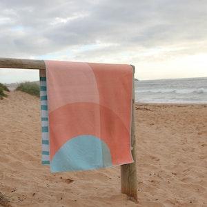 Mikkoa Sand Free Beach Towel - Coral Reef