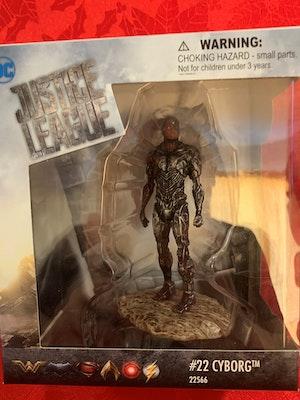 Cyborg Schleich Figurine