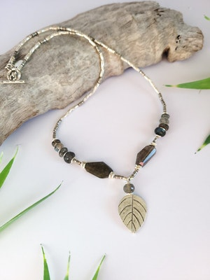 Uniqu-Lea Yours Labradorite and Silver Leaf Necklace