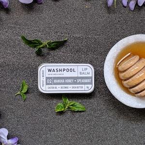 Manuka Honey · Spearmint Lip Balm Tin [LX2]
