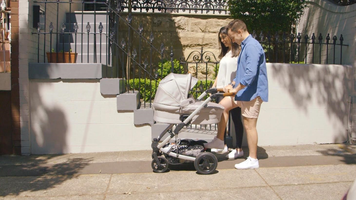 Redsbaby Jive Pram Review